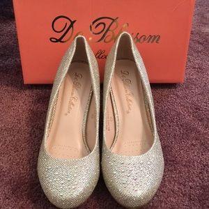 6fb097d4e De Blossom Collection Shoes - De Blossom Collection Nude Sparkle Pumps